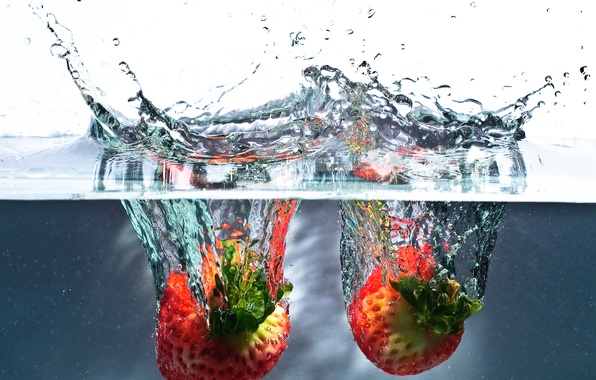 Picture water, squirt, splash, strawberry