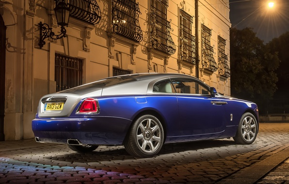 Picture night, the building, Rolls-Royce, lantern, rear view, Rolls-Royce, grid, Wraith, Reys