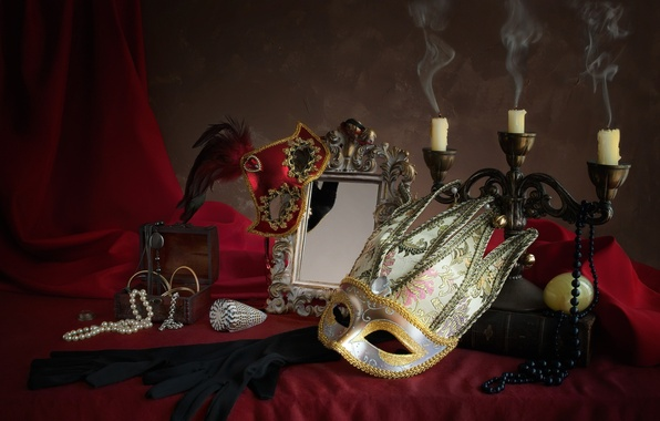Picture pen, candles, necklace, mirror, mask, gloves, box, still life