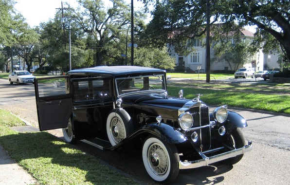 Picture photo, Black, Retro, Car, 1932, Metallic, Packard 1