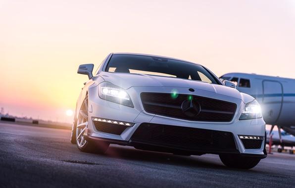 Picture white, the sky, the sun, glare, Mercedes-Benz, white, the plane, the airfield, front, Mercedes Benz, …