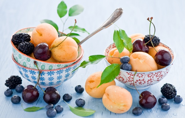 Picture leaves, cherry, berries, blueberries, dishes, fruit, still life, BlackBerry, apricots, blueberries, spoon, bowls, Anna Verdina