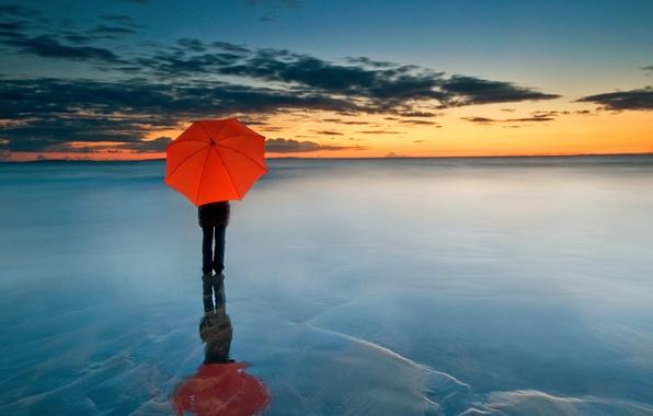Photo Wallpaper People Frozen Sea Horizon Red Umbrella Clouds