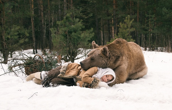 Picture winter, forest, girl, sleep, bear