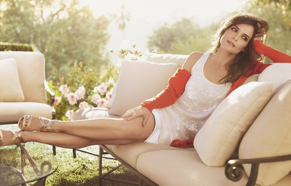 Picture the sun, pose, hair, dress, actress, Katie Holmes, Katie Holmes
