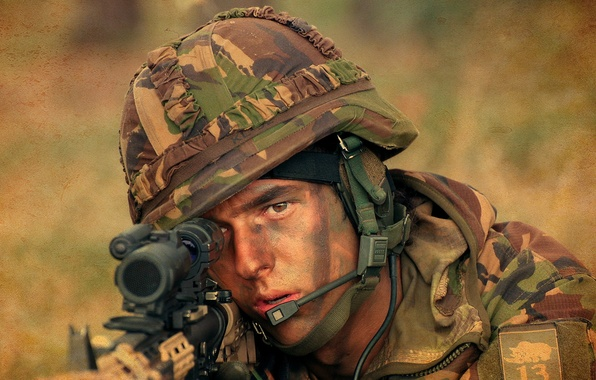 Picture Military, Royal Netherlands Army, Fuselier aiming
