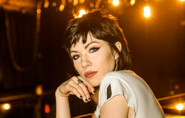Picture girl, night, lights, makeup, brunette, hairstyle, photographer, singer, the website, Carly Rae Jepsen, Carly RAE …