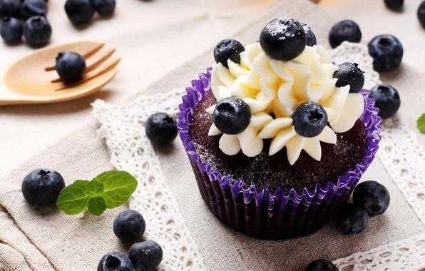 Picture berries, cakes, cupcake, dessert, cream, sweet, blueberries
