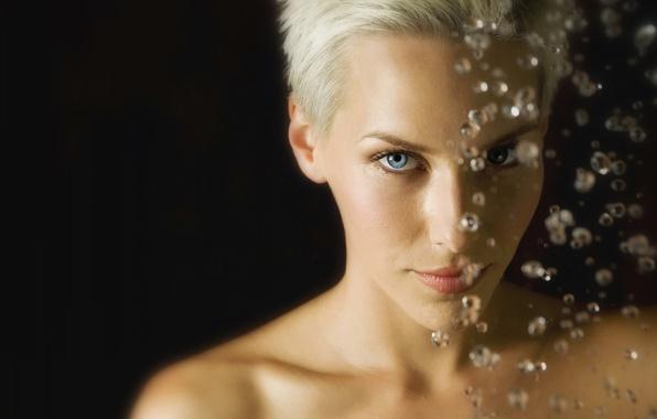 Picture look, girl, drops, blonde, blue eyes, short hair