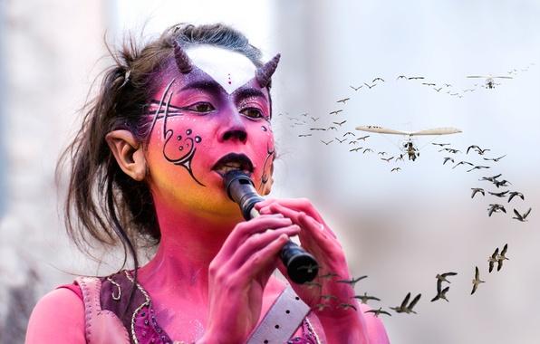 Picture girl, birds, makeup, flight, makeup, the flute