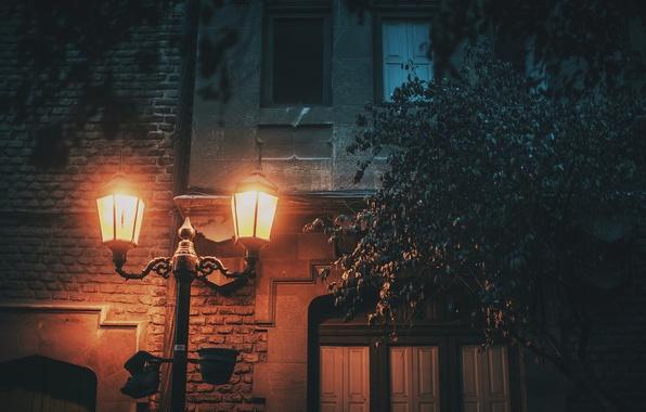 Picture light, house, street, cityscape, lamp post, urban scene