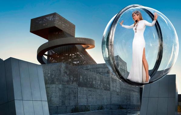 Picture ball, flight, sphere, Jennifer Aniston, Jennifer Aniston, Harper's Bazaar