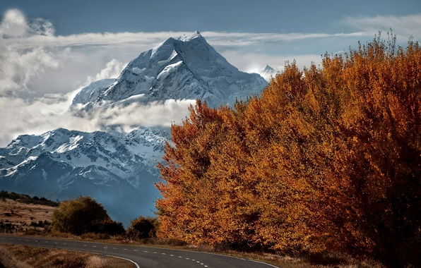 Picture road, autumn, snow, trees, mountains, top