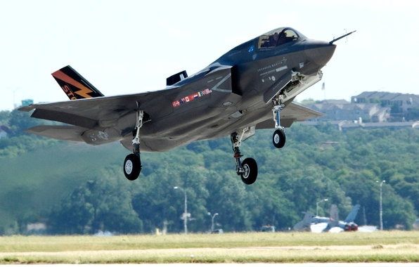 "Picture the plane, the rise, fighter-bomber, ""Lockheed-Martin"", F-35 «Lightning II», «Lockheed Martin», F-35 Lightning II)"
