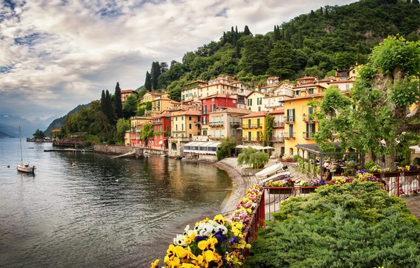 Picture trees, flowers, mountains, nature, the city, lake, building, home, Alps, Italy