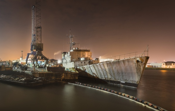 Picture night, ship, port