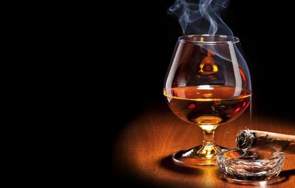Picture smoke, glass, cigar, black background, cognac