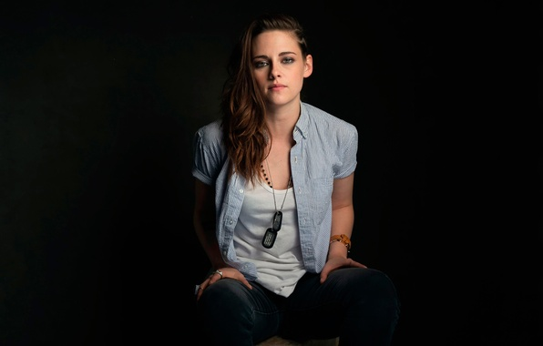 Picture the film, Kristen Stewart, photoshoot, Camp X-Ray, Camp X-Ray
