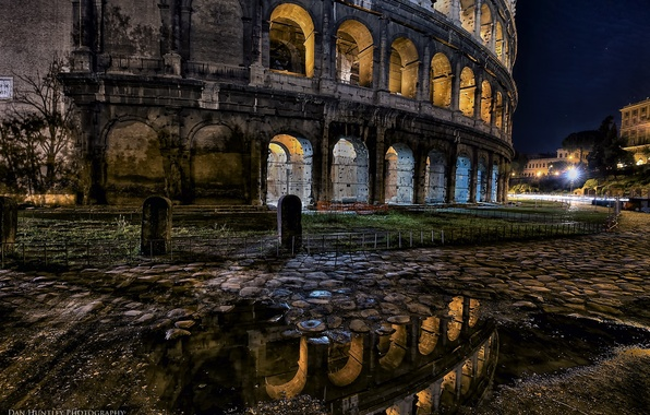 Picture night, lights, Rome, Colosseum, Italy
