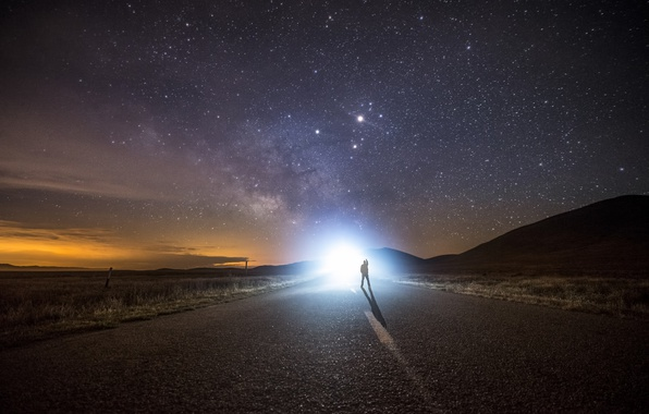 Picture road, stars, people, the milky way