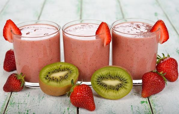 Picture kiwi, strawberry, milkshake