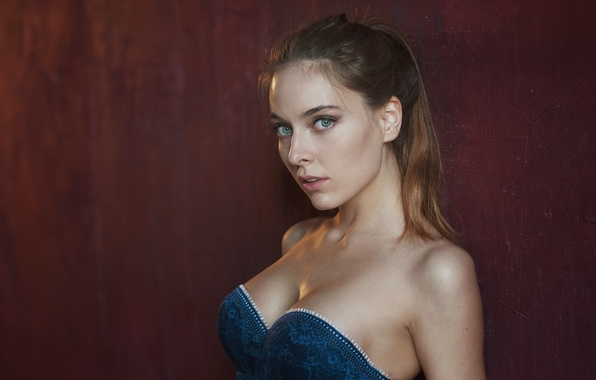 Picture chest, look, girl, background, sweetheart, portrait, dress, hairstyle, light, brown hair, sexy, beautiful, shoulders, studio, ...
