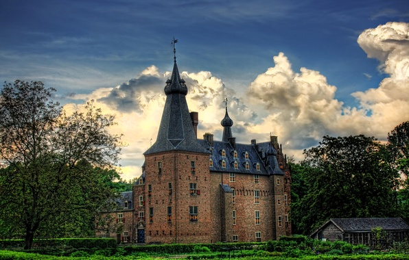 Photo wallpaper HDR, Netherlands, Castle Doorwerth, trees, the sky, clouds, castle