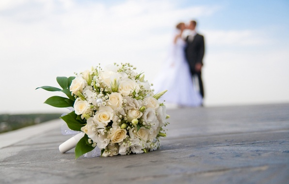 Picture close-up, blur, the bride, wedding, the groom, wedding bouquet