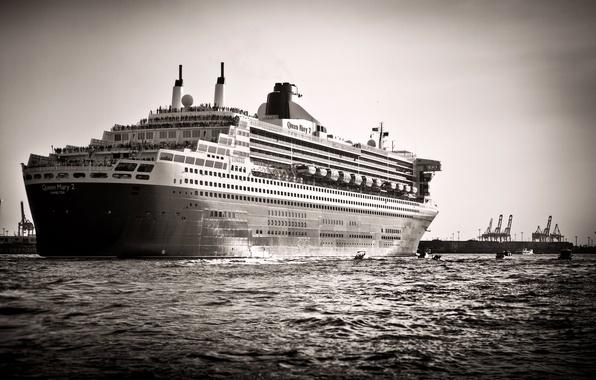 Picture Sea, The ship, liner, Queen Mary 2, cruise ship, Black And White, Carnival Corporation & ...