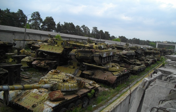 Picture dump, Tanks, Kiev state, repair, The graveyard of tanks, mechanical, plant