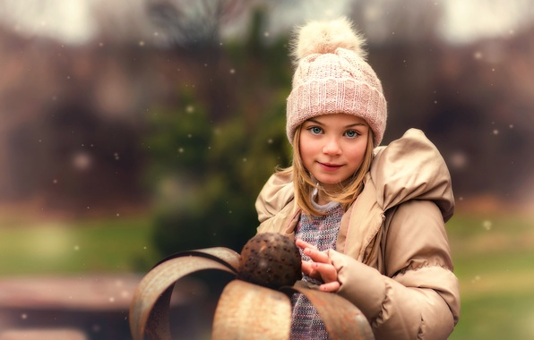 Picture hat, girl, the beauty, Lorna Oxenham