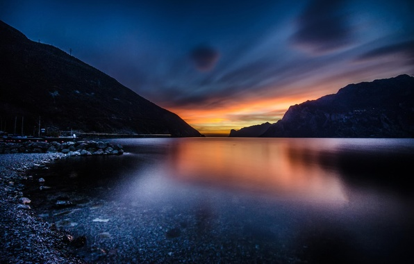 Picture the sky, water, sunset, mountains, lake, shore, the evening, Italy, Garda