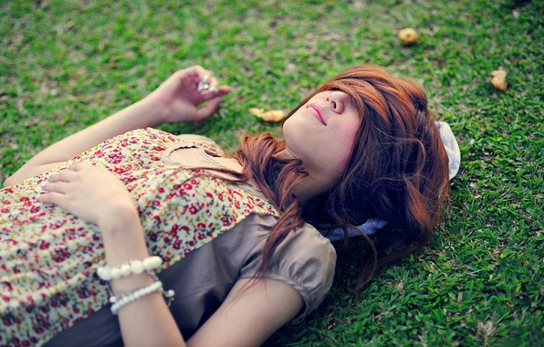 Picture greens, grass, girl, decoration, nature, background, situation, Wallpaper, hair, meadow, sleeping, brown hair, bracelets, accessories