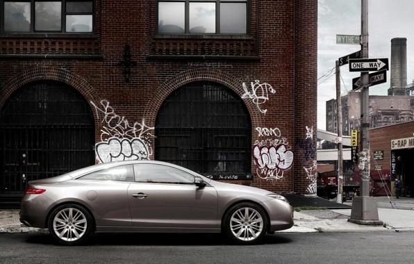 Picture the city, graffiti, car