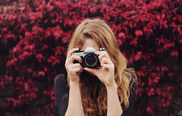 Picture girl, camera, the camera, lens, relieves