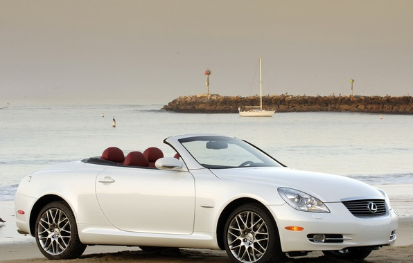 Picture White, Yacht, Convertible