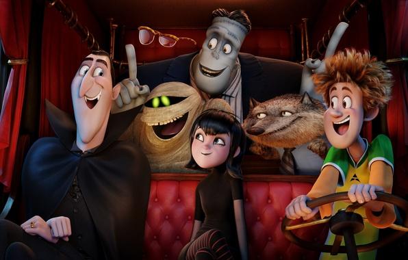 Picture Frankenstein, Dracula, Wayne, Mavis, Hotel Transylvania 2, Jonathan, monsters on vacation