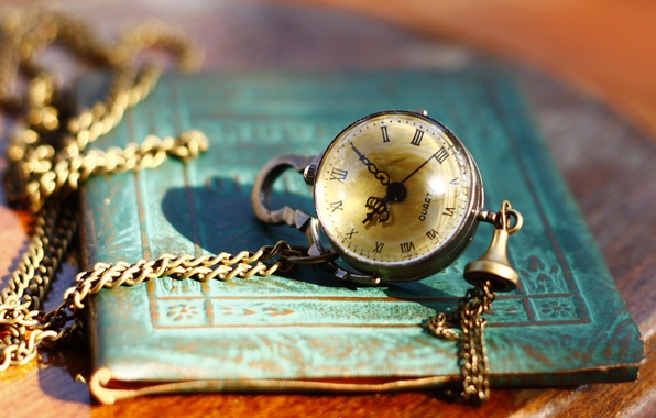 Picture style, watch, chain, notebook, vintage