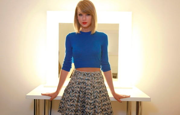 Picture Taylor Swift, skirt, The Parisian, October 2014