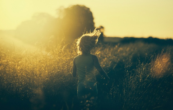 Picture grass, the sun, photo, running, girl, vintage