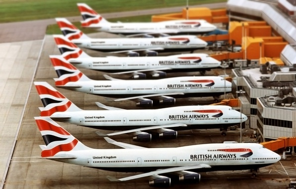 Picture The plane, Airport, Boeing, A lot, Boeing, 747, Passenger, Airliner, British Airways, On earth, Waiting, …