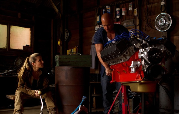 Picture garage, VIN Diesel, motor, Vin Diesel, Dominic Toretto, Elsa Pataky, Elsa Pataky, Fast and furious …