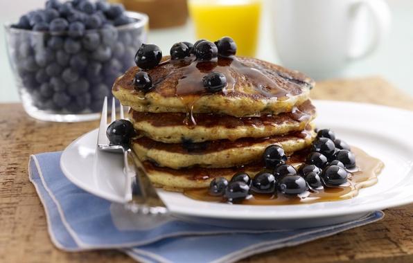 Picture berries, blueberries, honey, pancakes, pancakes, pancakes