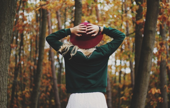 Picture autumn, girl, back, hat, hands