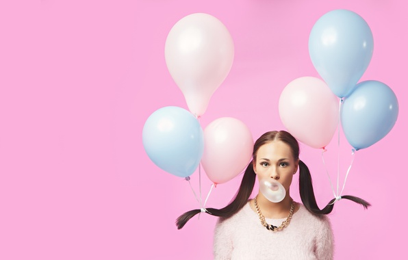 Picture girl, balls, chewing gum, Bubble girl