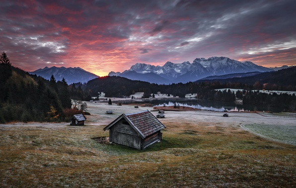 Picture mountains, home, morning, valley