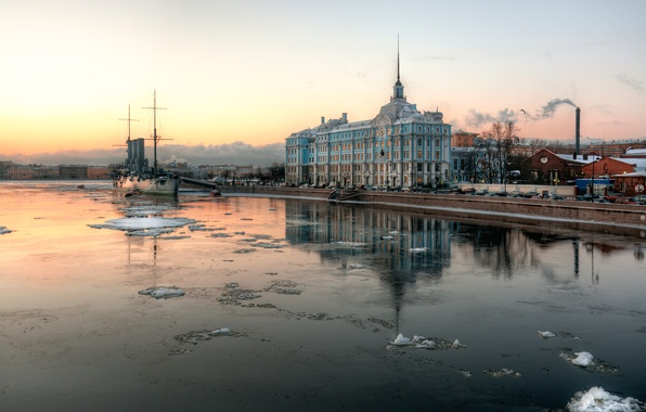 Picture morning, Saint Petersburg, Aurora, cruiser