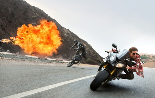 Picture crash, the explosion, motorcycles, speed, chase, frame, highway, agent, Tom Cruise, prosecution, Tom Cruise, Ethan …
