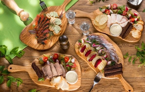 Picture fish, bread, meat, vodka, tomatoes, sauce, salad, potatoes, meals, appetizer, cuts, fat, salmon, herring