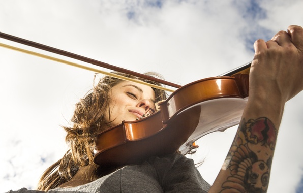 Picture the sky, girl, face, music, violin